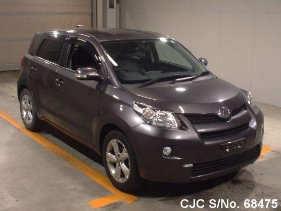 Toyota IST 2011