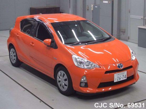 Toyota Aqua Orange 2012